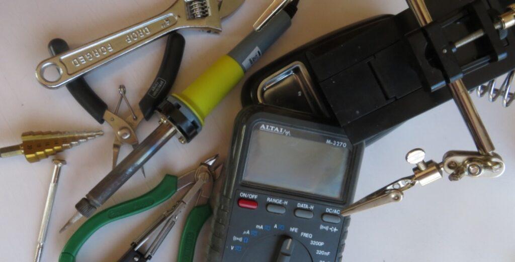 Guitar Pedal Tools Equipment